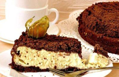 Рассыпчатый шоколадный пирог