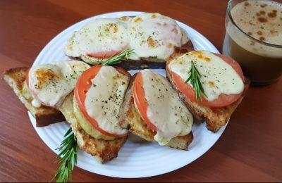 бутерброд с баклажанами